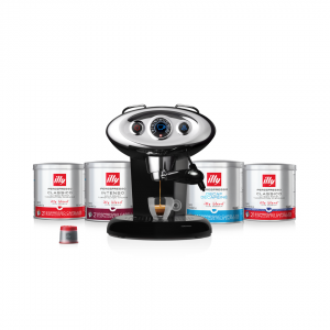 illy Malaysia Black X7.1 Coffee Machine Bundle Offer 9.9 - includes 4 packs of capsules